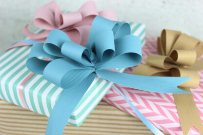Natural, Steely Blue and Dusky Pink Pull Bow