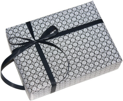 Black Cirkel Wrapping Paper and Matte RIbbon