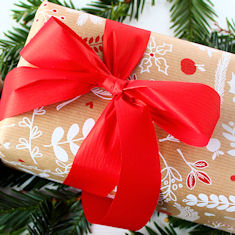 Ribbed Lina Wrapping Paper with 31mm Matte Ribbon