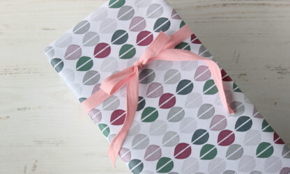 Matte Palett Wrapping Paper with Cotton Ribbon