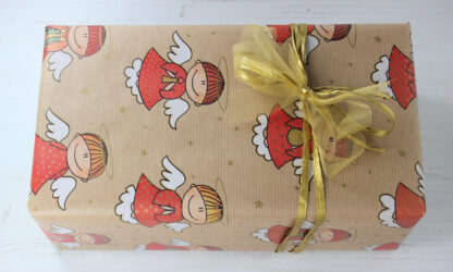 Ribbed Angels Wrapping Paper with Organza and Raffia